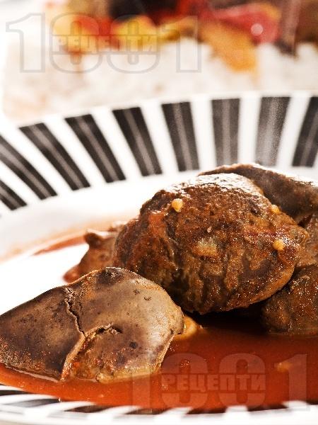 Бързи и лесни запечени на тиган пилешки дробчета с доматен сос - снимка на рецептата